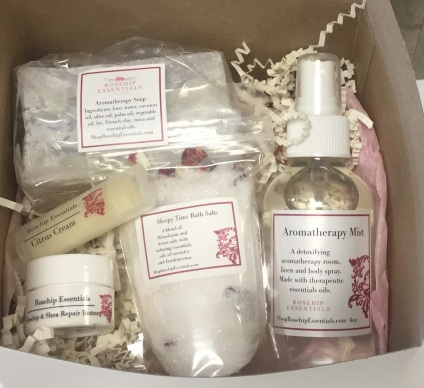 Rosehip Essentials gift box cropped
